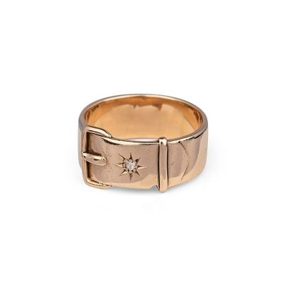Victorian rose gold bucklering with diamond